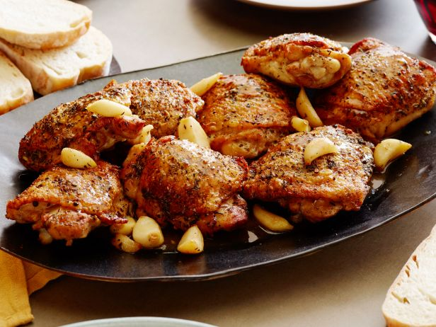 MN0502H_roasted-garlic-clove-chicken_s4x3.jpg.rend.sni18col.jpeg