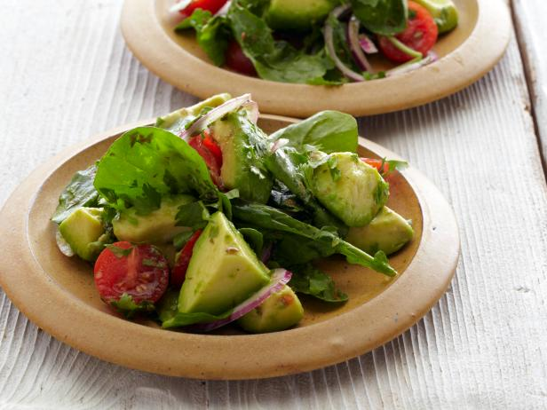 0036706F2_Avocado-Salad-with-Tomatoes-Lime-and-Toasted-Cumin-Vinaigrette_s4x3.jpg.rend.sni18col.jpeg