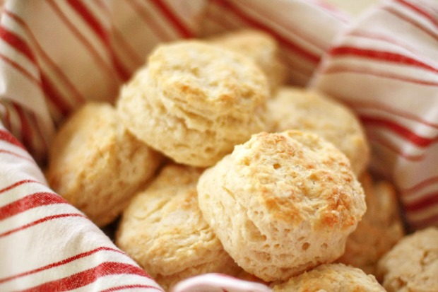 TK-Blog-Easy-Flaky-Buttery-Biscuits-15.jpg